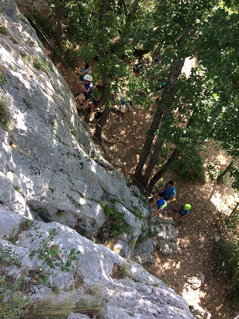 Climbing course for children - Buoux and surroundings (Luberon)