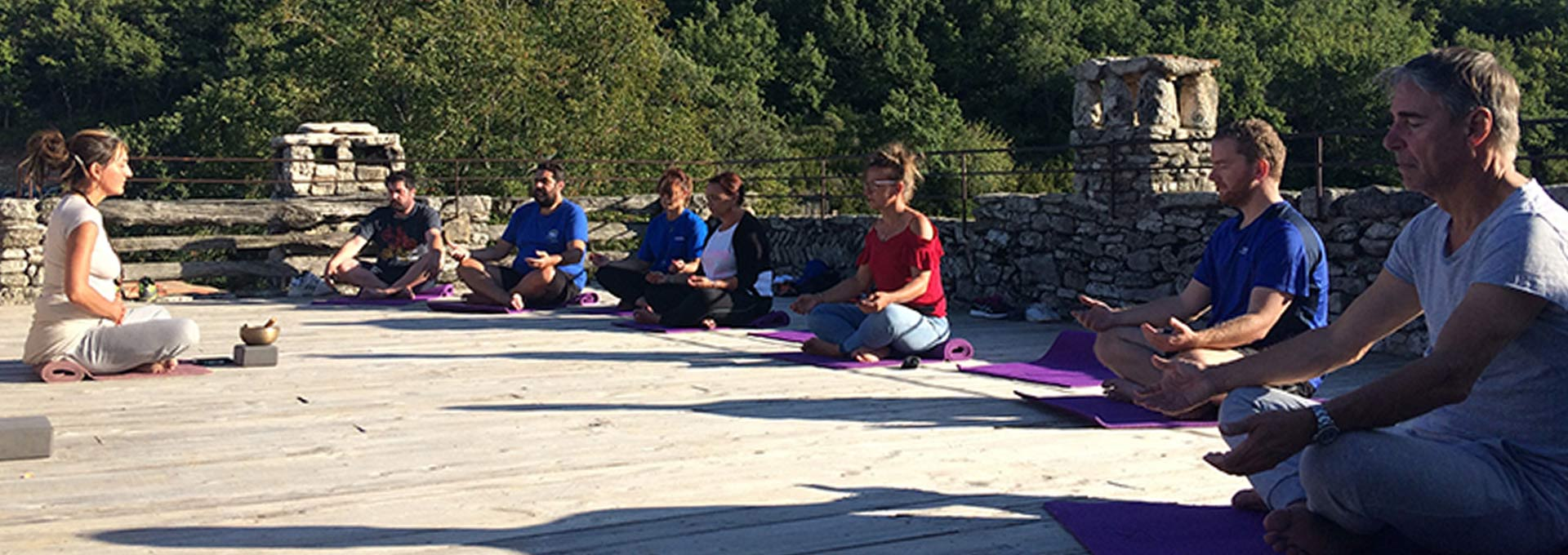 Climbing and yoga in Luberon (Provence)